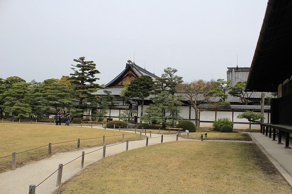Další budovy areálu
